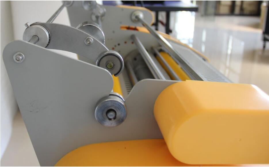 Main Features  A heated roll laminator uses heated rollers to melt glue extruded onto lamination film. This film is in turn applied to a substrate such as paper or card using pressure rollers. The primary purpose of laminating with such a machine is to embellish or protect printed documents or images. Heated roll laminators can vary in size from office based pouch laminators to industrial-sized machines. Such industrial machines are primarily used for high quantity/quality output by printers or print finishers.  Why Do Customers Choose Softnet Sri Lanka No 1 and biggest sublimation products machinery supplier. Professional service with more than 18 years of export experience. Fast reply-all the inquiries. Islandwide delivery service. Specialized customer service, understand the product at any time. Best warranty period. Introduction and technical support free.
